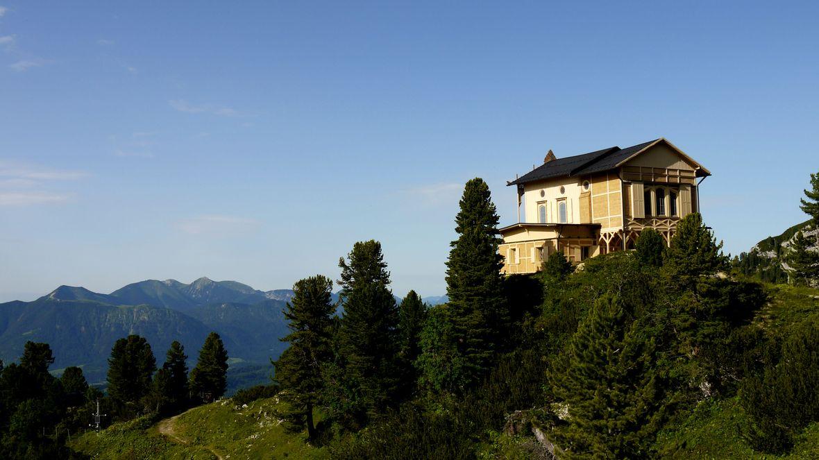 Königshaus am Schachen mit Alpengarten