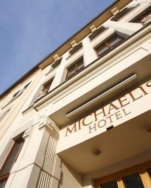 hotel and restaurant michaelis