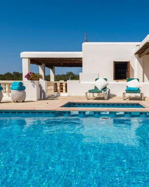 Cozy Holiday Home in Balearic Islands with Swimming Pool