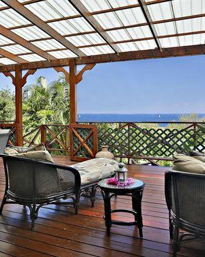 Cap Estate Villa Sleeps 20 with Pool Air Con And Wifi
