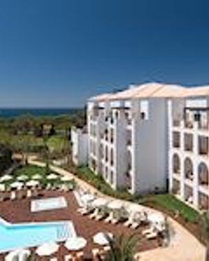 Pine Cliffs Resort Village