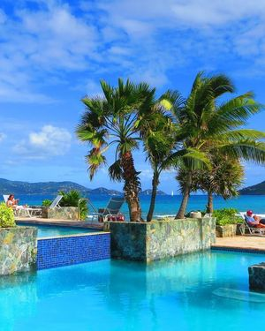 Luxury Beachfront Duplex Villa on Sapphire Beach IV