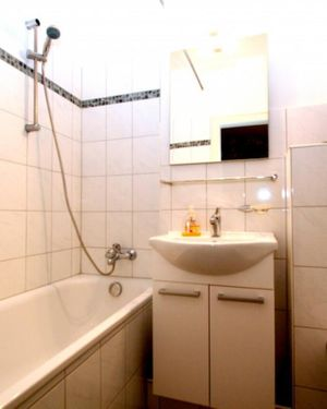 Id 6666 - Private Apartment