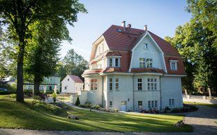 villa ingeborg goldener sommer