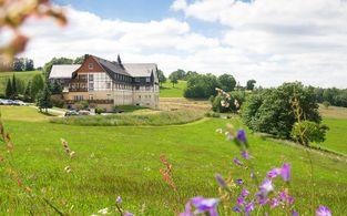 panorama berghotel wettiner hohe kurztrip in den sommer zum absoluten last minute schnappchenpreis