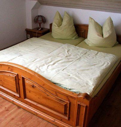 Hotel Rosengarten.Standard Doppelzimmer.hotels/8943b31290c928c99d35db5dd41b1c0dd85cc5c2/room/hotel-rosengarten-standard-doppelzimmer-11129.jpg