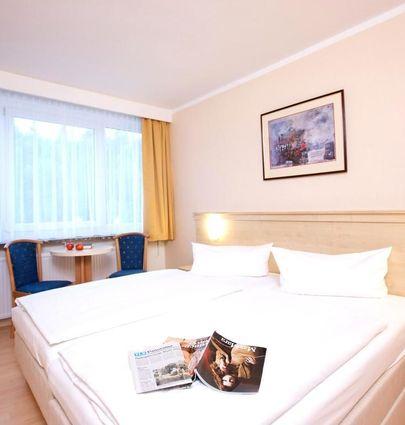 AHORN Hotel Am Fichtelberg.Family Room.hotels/8c8d5c1b7e85d5d7003a179cecc4716c781bb394/room/ahorn-hotel-am-fichtelberg-family-room-57898.jpg
