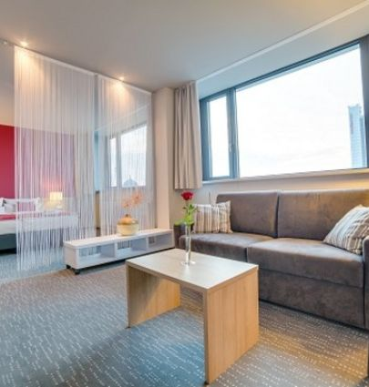 Biendo Hotel Chemnitz.Junior Suite.hotels/8efa8cd08021be62aa5830b89143225493e56d4a/room/biendo-hotel-chemnitz-junior-suite-23045.png