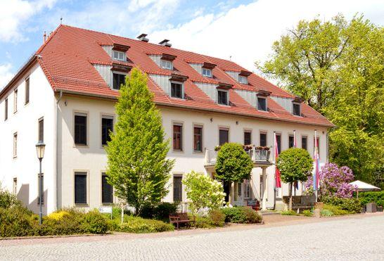 hotel kavalierhaus schloss machern