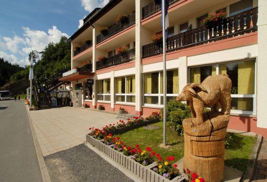 hotel am schlossberg ziegenruck