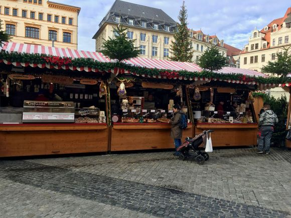 Leipziger Weihnachtsmarkt Pizza, Glühwein