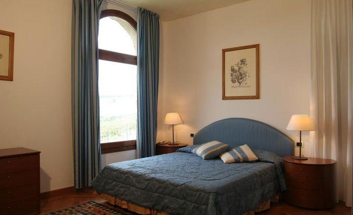 Villa San Filippo.Doppelzimmer.hotels/0df99311bda3773a448d8c7ab9d8affee32efe8c/room/villa-san-filippo-doppelzimmer-56971.jpg
