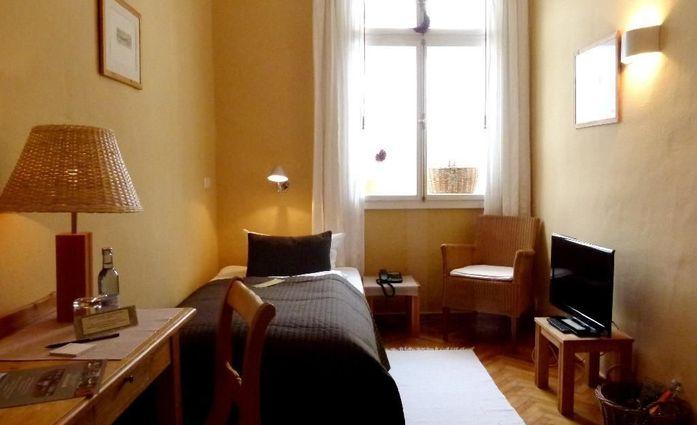 Gutshof Woldzegarten.Komfort Einzelzimmer.hotels/215979e8019384b751247e61c855f4e865619e7d/room/gutshof-woldzegarten-komfort-einzelzimmer-79864.jpg
