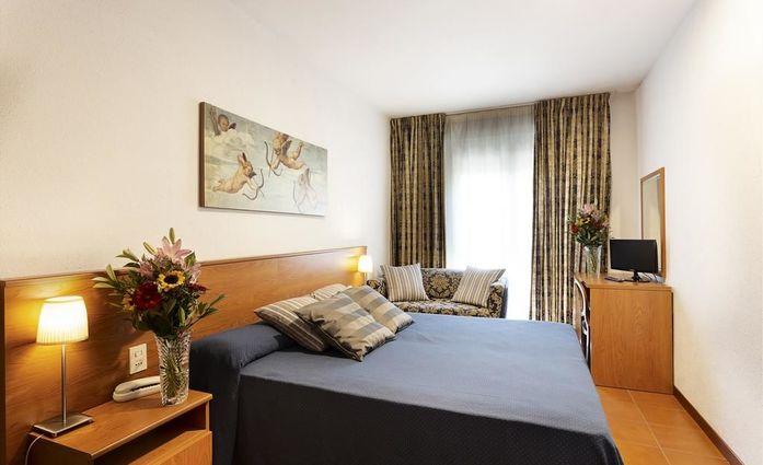 Hotel Corolle.Doppelzimmer.hotels/251e3086a65274e4a9e3d2352fba13d2e18307da/room/hotel-corolle-doppelzimmer-50869.jpg
