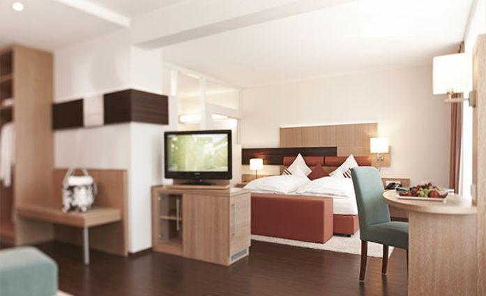 Hotel Kunzmann's.Kunzmann's Suite.hotels/2f392919f7f3e9c24e50a48ffbe91ae045baf565/room/hotel-kunzmanns-kunzmanns-suite-24014.jpg