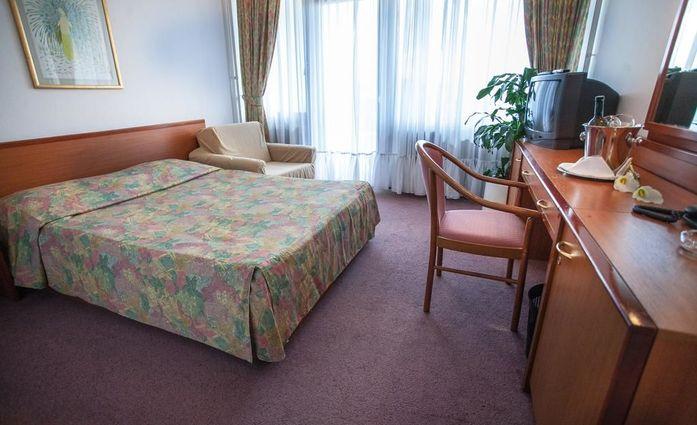 Hotel I.Doppelzimmer.hotels/41796b6e1f383ef8c09fbbfe382f706cb71ed036/room/hotel-i-doppelzimmer-44136.jpg