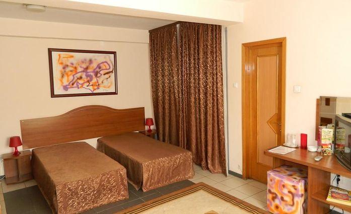 Hotel Tranzzit.Doppelzimmer.hotels/609d9a4c314dfc928dd0e2c89f5c73655c82b6af/room/hotel-tranzzit-doppelzimmer-88594.jpg