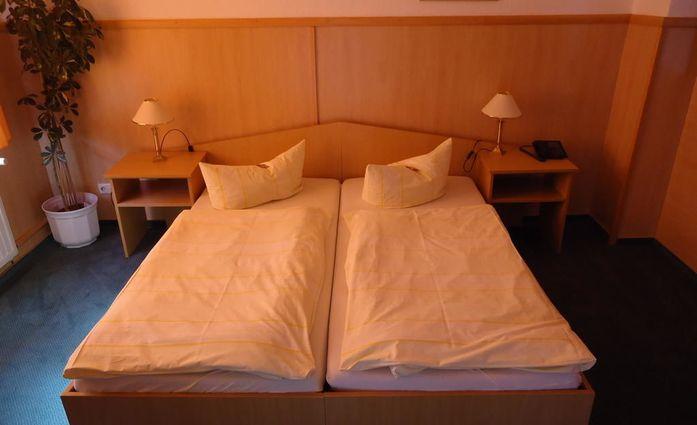 City Hotel Magdeburg.Doppelzimmer.hotels/71a68db404b47d054a147e1e3e25370912728296/room/city-hotel-magdeburg-doppelzimmer-35283.jpg