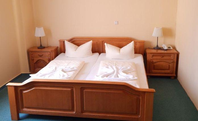 Ilsenburg Altstadt Hotel.Doppelzimmer.hotels/75d4274fd0f18b87932fc9d1c7f9b0f9eeca0b89/room/ilsenburg-altstadt-hotel-doppelzimmer-35330.jpg