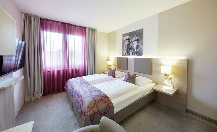 GHOTEL hotel & living München-City.Doppelzimmer.hotels/a991b1e56acd9c945ce94561eddb1abdfd406caf/room/ghotel-hotel-and-living-munchen-city-doppelzimmer-43102.jpg