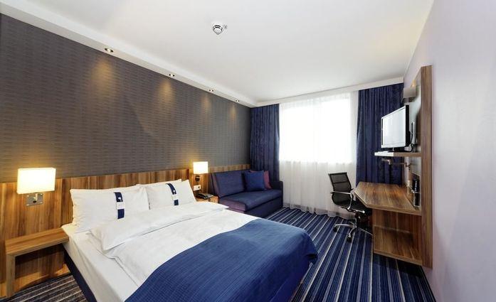 Holiday Inn Express Augsburg.Doppelzimmer.hotels/bf31323156850910b8cfc6ed44c86c83636a0108/room/holiday-inn-express-augsburg-doppelzimmer-98045.jpg