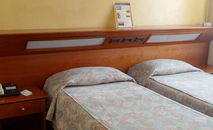Hotel Borghetti.Doppelzimmer.hotels/c05344c8aa0f15c5cc4e4024e7bd9e9dae8fe209/room/hotel-borghetti-doppelzimmer-12425.jpg