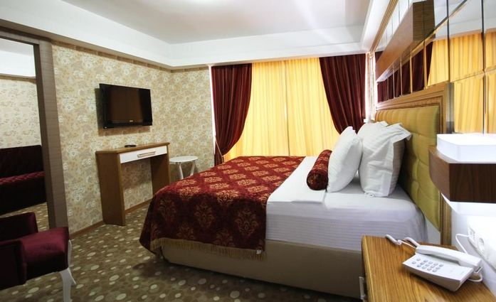 Grand Corner Boutique Hotel Izmir.Doppelzimmer.hotels/ceae37e751d9ad91e30aa5be0d62bade3ac946eb/room/grand-corner-boutique-hotel-izmir-doppelzimmer-37515.jpg