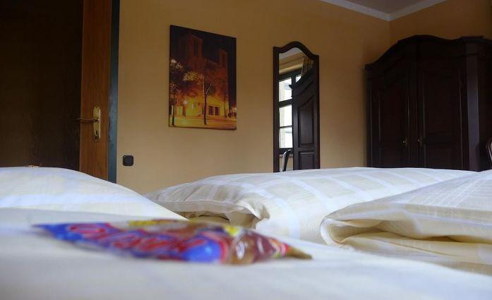 Hotel Stadt Aachen.Dreibettzimmer.hotels/edc95b35a25546576124cab173c2c676181f7d18/room/hotel-stadt-aachen-dreibettzimmer-32844.jpg