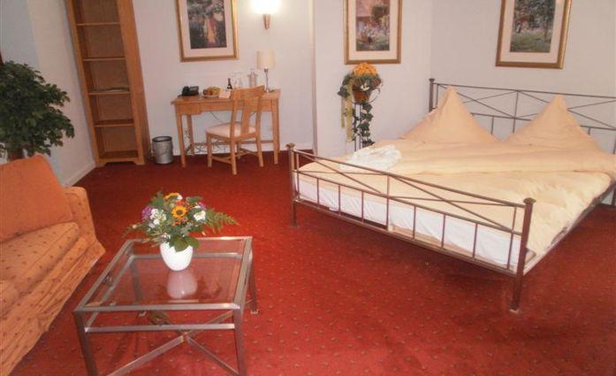 Hotel Schloß Breitenfeld.Doppelzimmer.40889