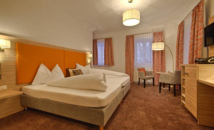 Wohlfühlhotel Goiserer Mühle.Doppelzimmer.hotels/fc604554742928609de9c97dfdca072047c6c66e/room/wohlfuhlhotel-goiserer-muhle-doppelzimmer-39076.jpg