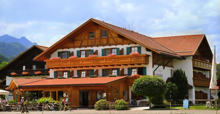 Helmerhof