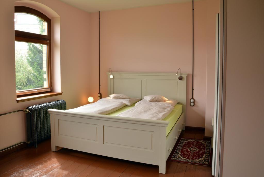 Luxus Appartements Alte Bahnstation Leipzig Möckern.Das Appartement ONE.hotels/0226d6e95e830cebd5c4516945a92fad6583e9c5/room/luxus-appartements-alte-bahnstation-leipzig-mockern-das-appartement-one-40271.jpg