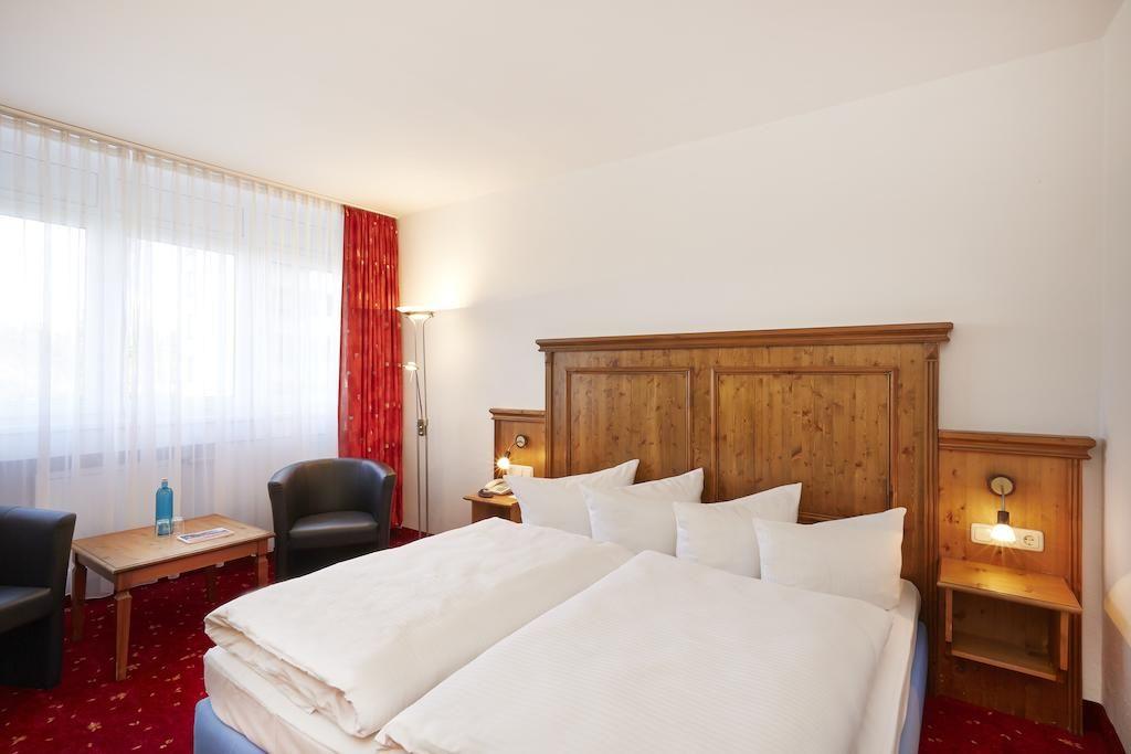 Treff Hotel Panorama Oberhof.Doppelzimmer.hotels/5e9248a2e80400418dc45c07f9ccaf8e00bb6872/room/treff-hotel-panorama-oberhof-doppelzimmer-18812.jpg
