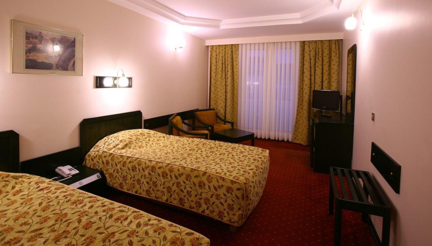 Istanbul Royal Hotel.Doppelzimmer.hotels/805571a2257ed6aa5981b72e25ca655829c1706c/room/istanbul-royal-hotel-doppelzimmer-14203.jpg