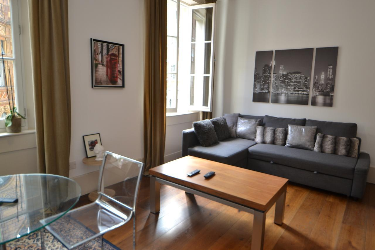 Luxury Mayfair Apartment