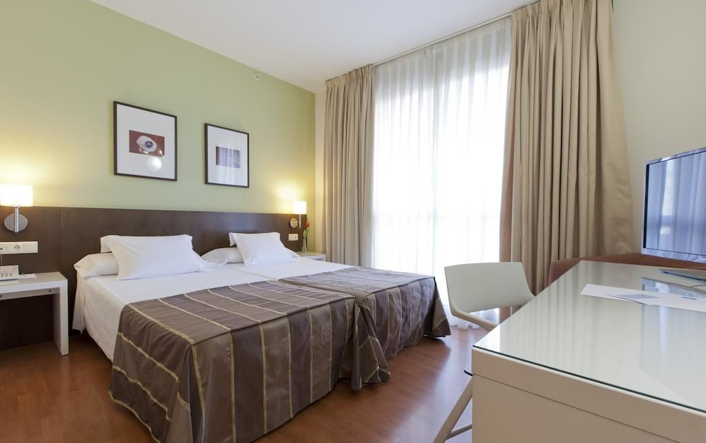 Hotel VERTICE SEVILLA.Doppelzimmer.hotels/9af8fed11b778e8edc1e1decdc0eb3ead59c654a/room/hotel-vertice-sevilla-doppelzimmer-05659.jpg