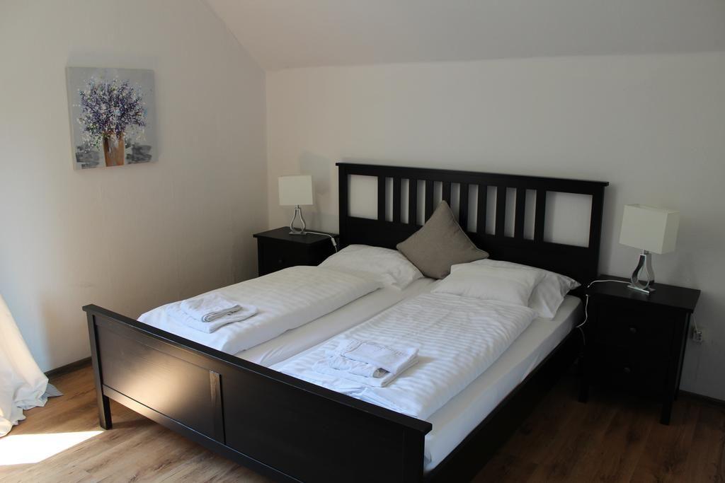 Dötlinger Hof.Doppelzimmer.hotels/acfbec76d8ef87e89236dcd5e9c03c4c284719cd/room/dotlinger-hof-doppelzimmer-90472.jpg