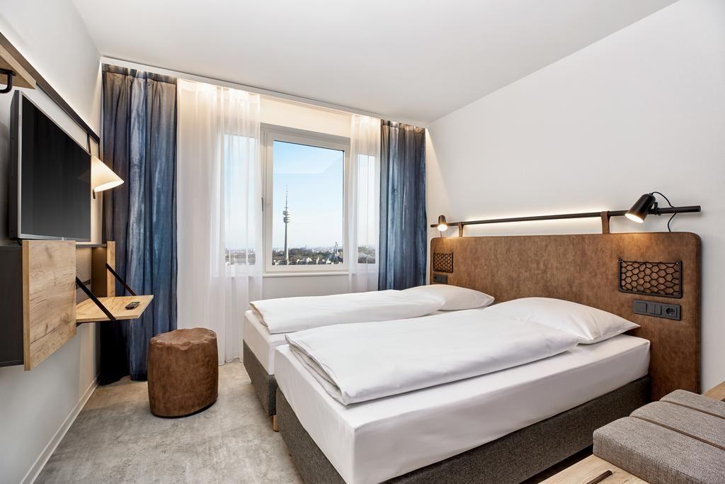 H2 Hotel München Olympiapark.Doppelzimmer.hotels/c6ee987a45af5440ae6d4eb3ec92657c3b3df96b/room/h2-hotel-munchen-olympiapark-doppelzimmer-89678.jpg