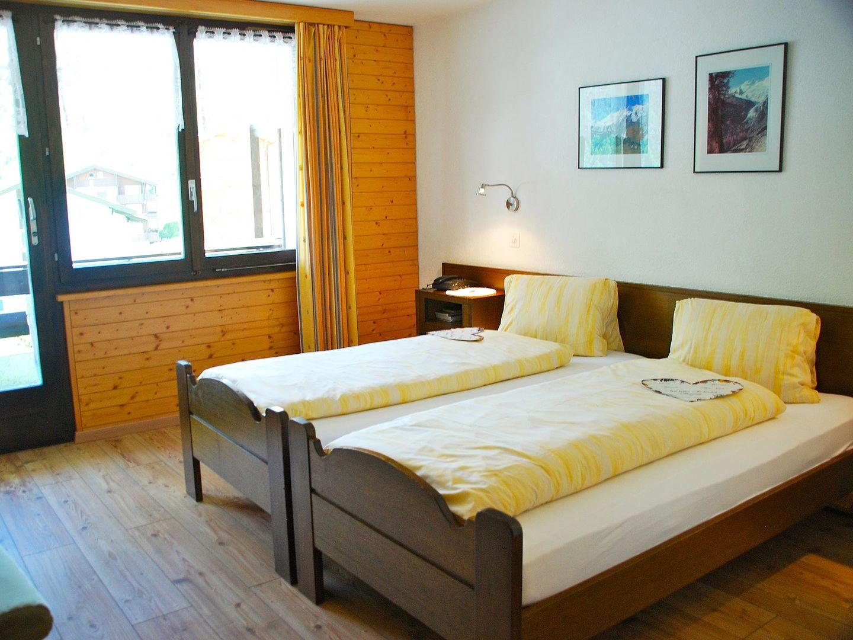 Hotel Jägerhof.Doppelzimmer.hotels/dd4c54a267d21b0ea2d88d171d5556eca192f150/room/hotel-jagerhof-doppelzimmer-09001.jpg