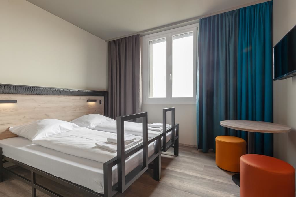 A&o Venezia Mestre 2.Doppelzimmer.hotels/f7b3e8400bfd78e0ea77d95a79cff41df745177f/room/aando-venezia-mestre-2-doppelzimmer-34771.jpg