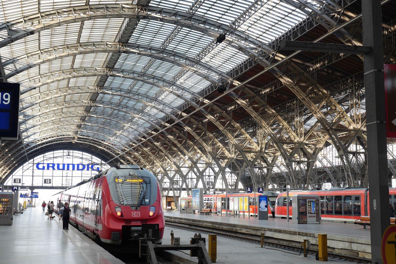 Zug am Leipziger Hauptbahnhof