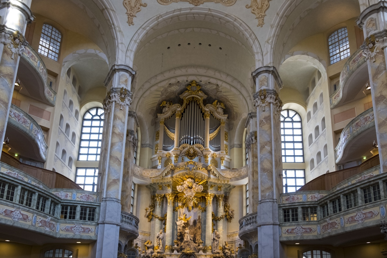 Frauenkirche inside