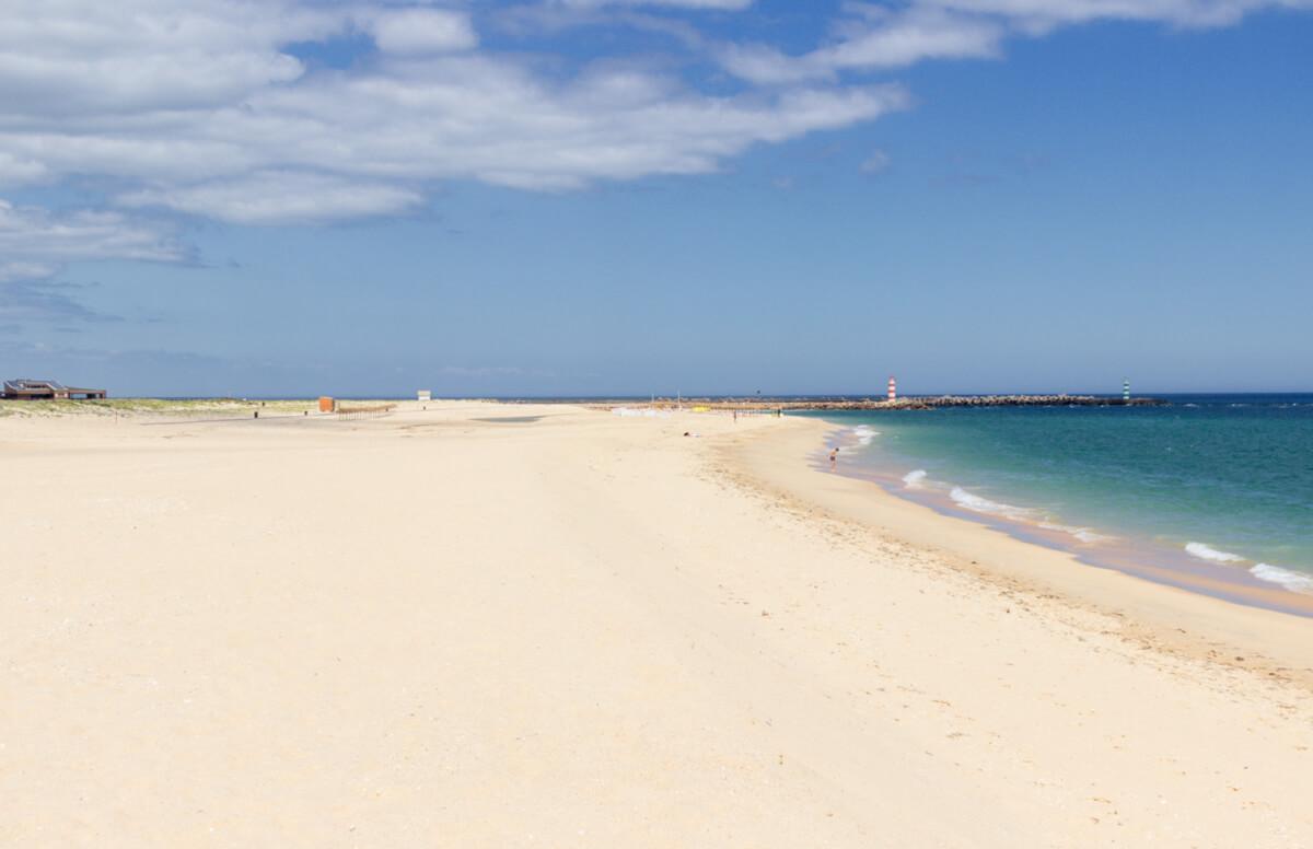 Beach of Ilha da Barreta (Ilha Deserta), Faro, Portugal